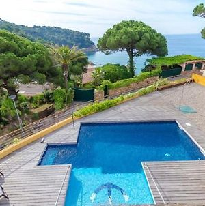 Lloret De Mar Villa Sleeps 7 Pool Air Con Wifi photos Exterior