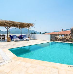 Alanya Villa Sleeps 4 Pool Air Con Wifi photos Exterior