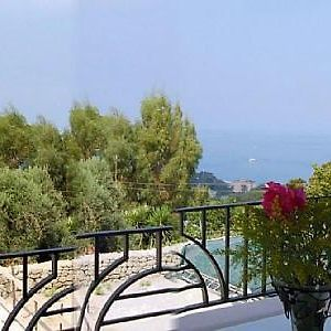 Ischia Villa Sleeps 3 Air Con photos Exterior