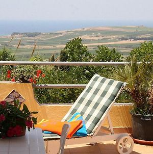 Sciacca Villa Sleeps 4 photos Exterior