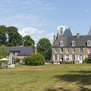 Combourg Chateau Sleeps 35 Pool Wifi photos Exterior