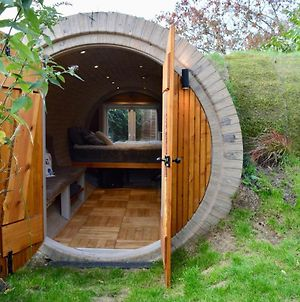 Hobbit-Style House In Bath photos Exterior