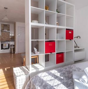 Guestready - Light & Airy Studio 2 Mins From Queen'S Park Tube photos Exterior