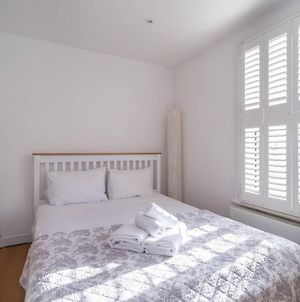 Light And Airy Studio, 5 Mins From Queen'S Park photos Exterior