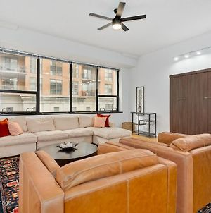 New! Airy 1Br With High Ceilings In South Loop photos Exterior