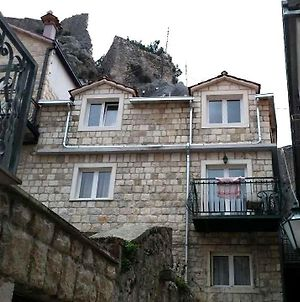 Apartments With Wifi Omis - 11836 photos Exterior