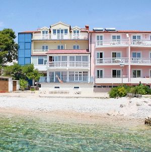 Apartments And Rooms By The Sea Primosten - 3088 photos Exterior