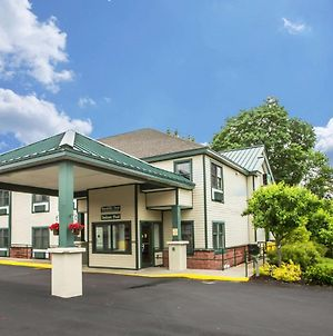 Quality Inn Glen Falls-Queensbury photos Exterior