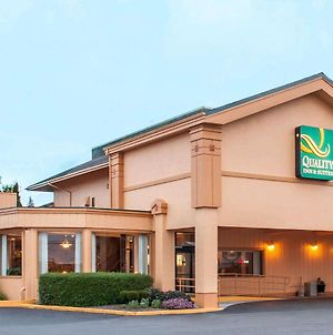 Quality Inn & Suites At Coos Bay photos Exterior