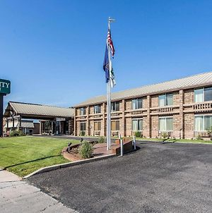 Quality Inn Richfield I-70 photos Exterior