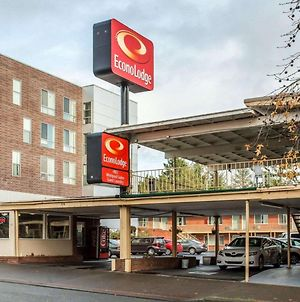 Econo Lodge Vancouver photos Exterior