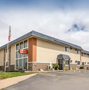 Econo Lodge La Crosse photos Exterior