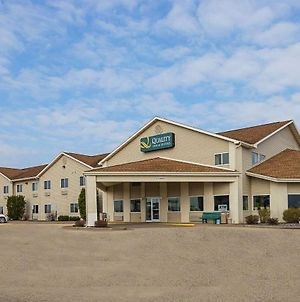 Quality Inn & Suites Belmont Route 151 photos Exterior