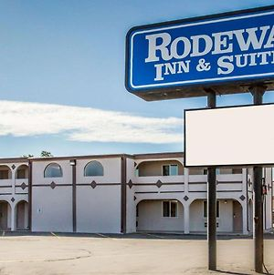 Rodeway Inn & Suites Riverton photos Exterior