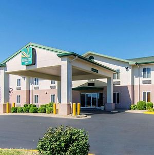 Quality Inn Junction City Near Fort Riley photos Exterior