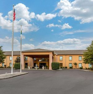 Quality Inn & Suites Benton - Draffenville photos Exterior