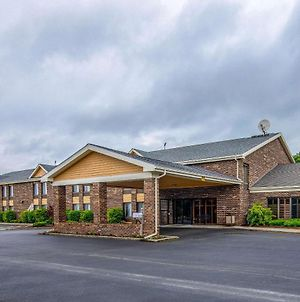 Quality Inn Tully I-81 photos Exterior