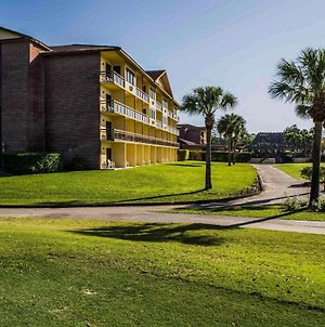 Quality Inn And Suites Golf Resort photos Exterior
