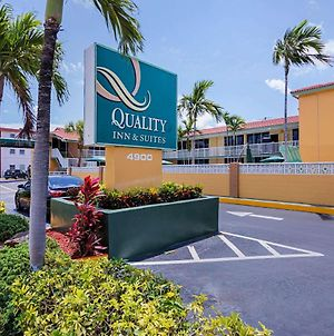 Quality Inn & Suites Airport - Cruise Port Hollywood photos Exterior