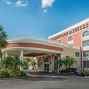 Quality Inn & Suites Near The Theme Parks photos Exterior