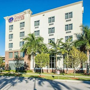 Comfort Suites Miami Airport North photos Exterior