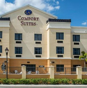 Comfort Suites Vero Beach I-95 photos Exterior