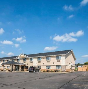 Quality Inn - Coralville photos Exterior