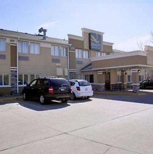 Quality Inn & Suites Des Moines Airport photos Exterior