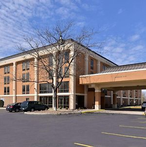 Quality Inn And Suites Matteson photos Exterior