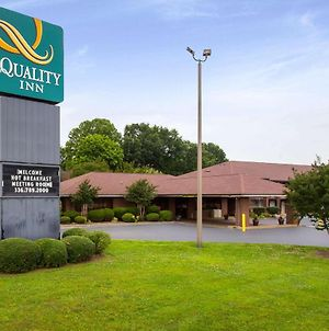 Quality Inn Mount Airy Mayberry photos Exterior