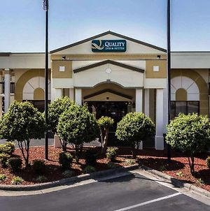 Quality Inn & Suites Mooresville-Lake Norman photos Exterior