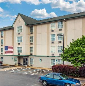 Rodeway Inn & Suites Near Outlet Mall - Asheville photos Exterior