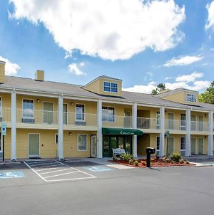 Quality Inn Laurinburg photos Exterior