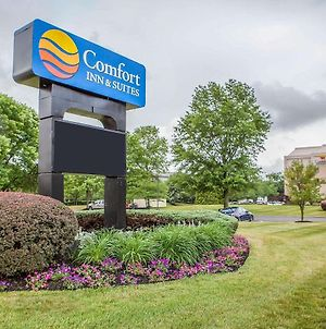 Comfort Inn & Suites Somerset - New Brunswick photos Exterior