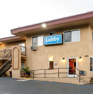 Rodeway Inn Near Qualcomm Stadium photos Exterior
