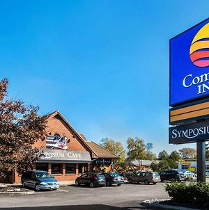 Comfort Inn Brantford photos Exterior
