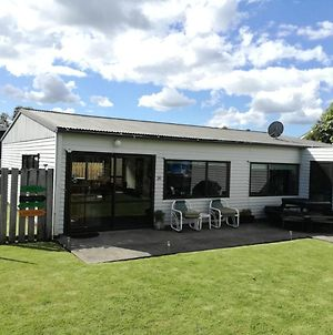Whiti Bach Holiday Home photos Exterior