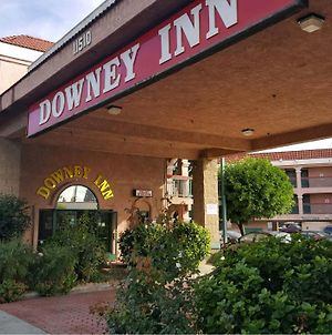 Downey Inn Luxury Suites photos Exterior