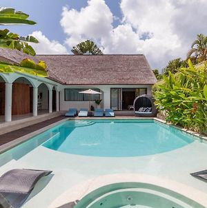 The Aora - Capacious Villa Close To Seminyak Sights photos Exterior