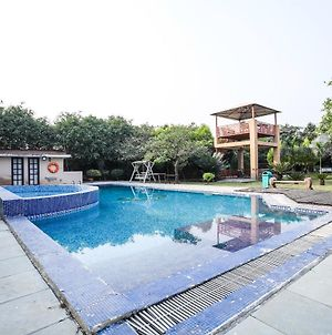 Pool View 2Bhk Stay In Palwal photos Exterior