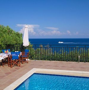 Skala Villa Sleeps 6 photos Exterior