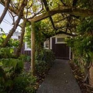 Kerikeri Wisteria Cottage photos Exterior