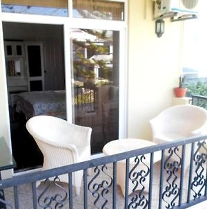 Studio In Trou-Aux-Biches, With Wonderful City View, Furnished Balcony And Wifi photos Exterior