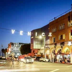 Luxury Living At Venice Beach photos Exterior