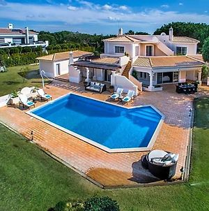 Quinta Do Lago Villa Sleeps 10 Pool Air Con T480112 photos Exterior