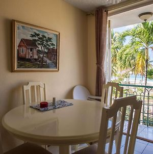 Natural Bliss Ocean View Suite At Sandcastles Beach Resort photos Exterior
