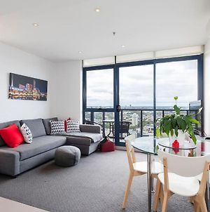 One Bedroom City Apt With Spectacular Views photos Exterior