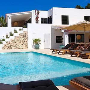 Playa De Talamanca Villa Sleeps 12 With Pool photos Exterior