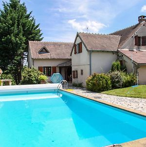 Comfortable Holiday Home In Cerilly With Private Pool photos Exterior