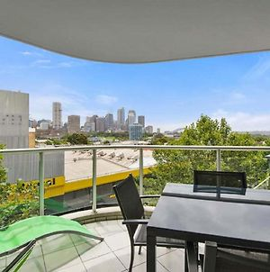 Bridge And Sails - Views Of The Bridge And Opera House From This Executive 2Br Apartment In Darlinghurst photos Exterior